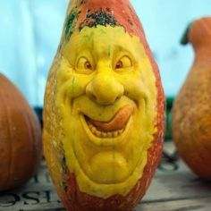 Our goal is to keep old friends, ex-classmates, neighbors and colleagues in touch. Halloween Town, Cute Halloween, Halloween Pumpkins, Halloween Crafts, Halloween Decorations, Halloween Stuff, Halloween Ideas, Halloween 2017, Pumpking Carving