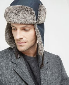 Trapper hat with faux fur