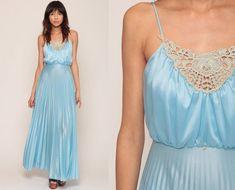 Grecian Dress 1970s Maxi Party Pastel Baby Blue 70s Boho | Etsy Trendy Dresses, Nice Dresses, Prom Dresses, Formal Dresses, Dress Prom, Grecian Dress, Prom Long, Pleated Skirt, New Dress