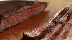 Steak, the reason why I'm never going to be a vegan Carne Asada, Perfect Steak, Flank Steak, How To Cook Steak, Food N, Steak Recipes, Rub Recipes, Food Videos, Love Food