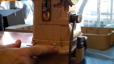 SINGER 301A  403A  THREAD OIL SERVICE AND REPAIR SEWING MACHINE VAC SEW ...