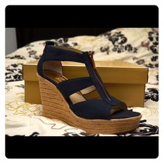 Brand NEW Michael Kors Damita wedges size 7.5! ❤️ Ooo la la! ❤️ Thinking about Spring already? Well, let's start you off with a BRAND NEW pair of Michael Kors blue Damita wedges in a size 7.5! Of course willing to negotiate, so feel free to send me an offer! Love you guys! ❤️ MICHAEL Michael Kors Shoes Wedges