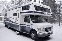 Want To Buy A Four Season RV? Here's What You Need to Know…
