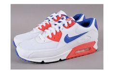 "Kicks Deals – Deal of the Day: Nike Air Max 90 Essential ""Hyper Blue/Hyper Red"""