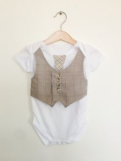 Baby boy clothes 1218 mths vest and tie baby by ThisisLullaby, £15.00