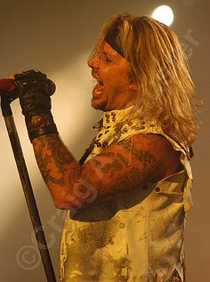 A #photo of Vince Neil on the Motley Crue Tour. #RIPMotleyCrue #TheFinalTour #VinceNeil #MotleyCrue