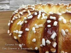 La Corona Brioche Crema e Amarene è un dolce scenografico, molto semplice da preparare. La sua morbidezza il suo delizioso ripieno conquistano sempre tutti!