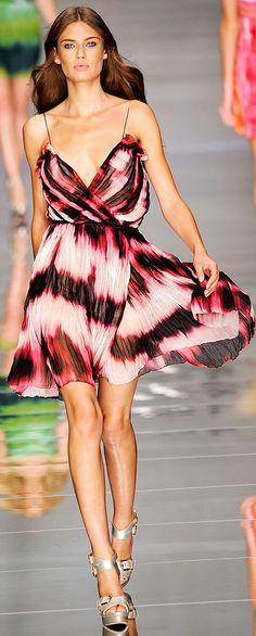 Blumarine Spring 2010 RTW | The House of Beccaria