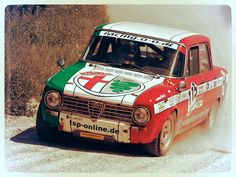 Italian muscles Starring: Alfa Romeo Giulia
