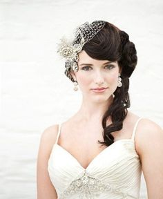 This vintage veil is perfect with her soft, side curls! Veil Styles We Adore, Wedding Hair & Beauty Photos by Agnes Lopez Photography Wedding Hair And Makeup, Bridal Hair, Hair Makeup, Hair Wedding, Dress Wedding, Vintage Veils, Vintage Glam, Vintage Headpiece, Vintage Style