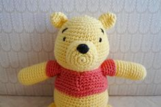 Peter Plys hækleopskrift Crochet Toys, Knit Crochet, Chrochet, Little People, Tweety, Winnie The Pooh, Crochet Projects, Hello Kitty, Teddy Bear