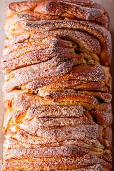 Tear and Share Recipe — Brown Butter Cinnamon Pull-Apart Bread from Deliciously Yummy.