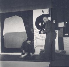 """Le Corbusier and Pierre Baudouin before tapestry """"Night traces"""""""