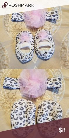 Headband/Slipper Set Grey and white leopard print slippers with matching headband. Beautiful pink bows on top. Slippers gently worn and headband is never worn. Accessories Hair Accessories