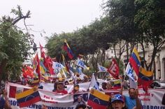 Mariategui.info: En Lima multitudinaria movilización en respaldo al...
