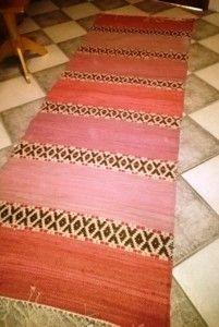 Sannan matto - Elinan Erikoiset - Vuodatus.net Rya Rug, Korn, Woven Rug, Carpets, Outdoor Blanket, Weaving, Crafting, Carpet, Rug Weaves