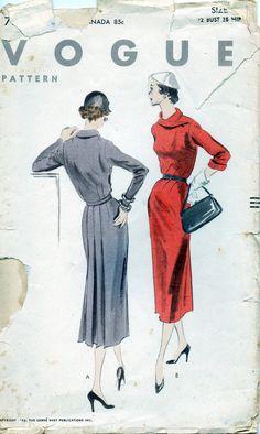 Vogue 7876, ca. 1952; Sz 14/Bust 32