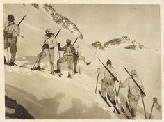Adamello Punta Venerocolo skiatori