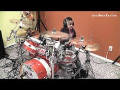 Foo Fighters - Everlong  7 Year Old Drummer, Jonah Rocks - and he so does!