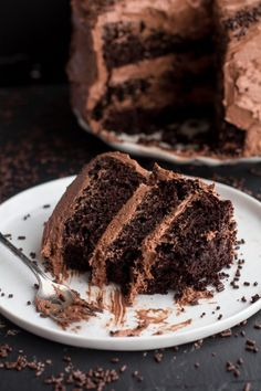 Simple Chocolate Birthday Cake with Whipped Chocolate Buttercream. - Half Baked Harvest A decadent a delicious chocolate cake Tasty Chocolate Cake, Chocolate Buttercream, Chocolate Recipes, Buttercream Frosting, Extreme Chocolate Cake, Chocolate Ganache, Sweet Recipes, Cake Recipes, Dessert Recipes