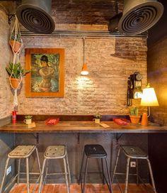 New neighbourhood taquería Pikio Taco celebrates historic Mexican snack in… Mexican Restaurant Design, Mexican Bakery, Taco Restaurant, Cafe Bar, Bar Mexicano, Decorating Blogs, Interior Decorating, Mexican Hacienda, Taco Shop