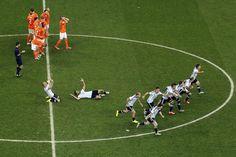 Las 50 mejores fotos para revivir la emocionante definición por penales del partido Argentina-Holanda. (Marcelo Carroll, Marcelo Genlote, Juan Manuel Foglia, Carlos Sarraf, AFP, AP, REUTERS)