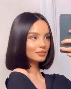 Short Human Hair Wigs, Short Hair Cuts, Hairstyles With Bangs, Straight Hairstyles, Short Grunge Hair, Edgy Hair, Blonde Lace Front Wigs, Hair Streaks, Aesthetic Hair