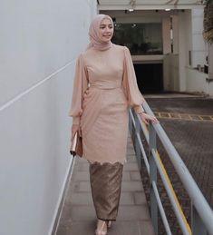 Model Kebaya Brokat Modern, Model Kebaya Muslim, Model Dress Kebaya, Dress Brokat Muslim, Kebaya Modern Hijab, Dress Brokat Modern, Kebaya Hijab, Contoh Model Kebaya Modern, Kebaya Lace