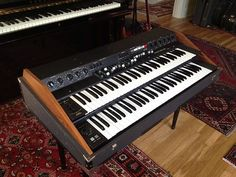 World Shipping Vintage Analog Synth Crumar T2 Combo Organ Vox Farfisa