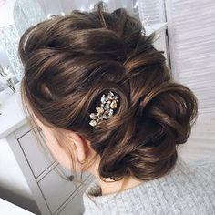 Inspiring 15 Tonyastylist Wedding Updo Hairstyles for Bride https://fashiotopia.com/2018/06/28/15-tonyastylist-wedding-updo-hairstyles-for-bride/ In this post, I want to share about 15 Tonyastylist Wedding Updo Hairstyles for Bride, and I am sure you will like and love it.