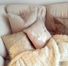 Winter throw & pillows | eirin kristiansen