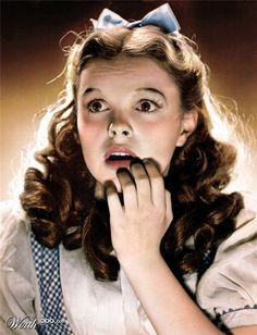 Judy Garland, The Wizard of Oz, Dorothy Gale Judy Garland, Classic Hollywood, Old Hollywood, Hollywood Glamour, I Movie, Movie Stars, Mode Halloween, Wizard Of Oz 1939, Dorothy Gale