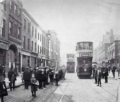 Photographic Print: Pedestrians and Trams in Commercial Street, Stepney, London, 1907 : London Pictures, London Photos, Old Pictures, Old Photos, Antique Pictures, Victorian London, Vintage London, Old London, East End London
