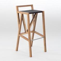 Высокий барный стул Bar chair №1 http://www.stolstul.com.ua/model-483-11213/barniy-stul-bar-chair-1.html