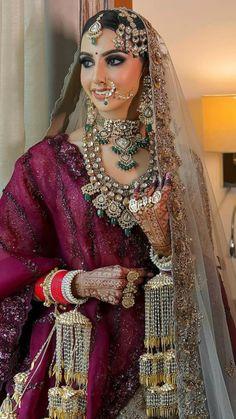 Indian Muslim Bride, Indian Wedding Sari, Indian Bridal Photos, Indian Bridal Lehenga, Indian Bridal Outfits, Pakistani Bridal Dresses, Indian Fashion Dresses, Heavy Dresses, Bridal Lehenga Collection
