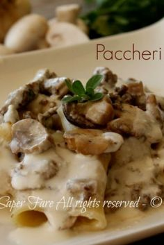 Here you can find a collection of Italian food to date to eat Tortellini, Risotto Cremeux, Pasta Recipes, Cooking Recipes, Best Italian Recipes, Snacks Für Party, Italian Pasta, Italian Foods, Recipes From Heaven