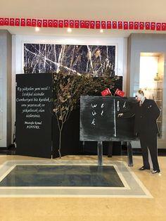 Bilfen İlköğretim Kurumlarının tüm kampüsleri, Cumhuriyet'in 93. Yıl dönümü kutlamaları kapsamında muhteşem sergilere ev sahipliği yaptı. Resim, Fotoğrafçılık ve Moda Tasarımı Kulübü öğrencilerinin yapmış oldukları çalışmalar; öğrenciler, öğretmenler ve velilerden büyük beğeni topladı.