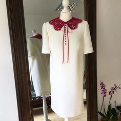 Белое платье с воротничком из французского кружева #solstiss  @collezioni_tessuti #atelier_by_kateryna_gyrych #stylish #white #crepe #dress #valentino #style #kiev #ukraine #fashionista #it_girl