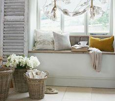 inspiration im landhausstil 80 vorschl ge f r wei e landhausm bel landhaus m bel landh user. Black Bedroom Furniture Sets. Home Design Ideas