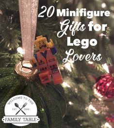Looking for some creative gifts for your Lego lover? If so, check out these 20 Minifigure gifts for Lego lovers! #lego #Christmas Cheap Christmas Gifts, All Things Christmas, Christmas Diy, Christmas 2019, Book Lovers Gifts, Book Gifts, Bff, Harry Potter Gifts, Welcome To The Family