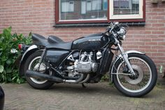 1978 Honda Goldwing GL1000. minus the aftermarket pipes, this looks just like my old bike...fun to own