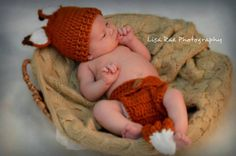 What Does the Fox Say?... Find out, with these adorable crocheted design by Primitive Fence. Now on EcoHabitude.com