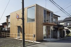 Wooden Box House by suzuki architects