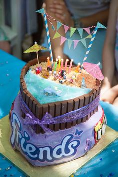 Lego friends party ideas - heart lake beach cake