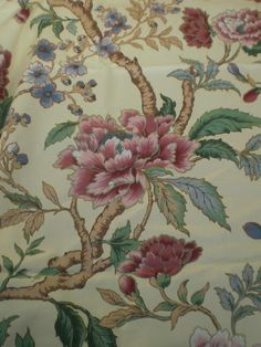 """CROWSON CRAFT FABRIC REMNANT """"JAPANESE MAGNOLIA"""" 76 X 145 CM COTTON BLEND in Crafts, Sewing & Fabric, Fabric 