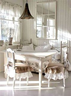 Charming | Lovely Deco