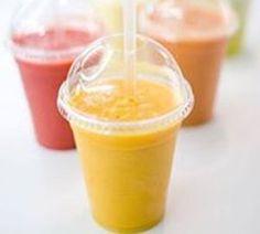 Cojean  six boissons mixées aux noms évocateurs, en plus des jus pressés carotte/orange/pomme/gingembre. Parmi ces dernières, goûtez au «Jardin dévasté» (fraise, banane, kiwi, pomme), leur best-seller, ou au «LNHO» (ananas, pomme, menthe fraîche).