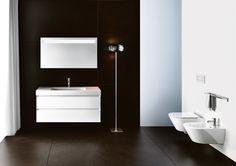 25 Designtends: Zero, Catalano. Bei Zero verfließen zeitgenössisches Design und intelligente Technik. NEWFLUSH(TM) nennt sich eine Erfindung, die sowohl die Leistungen wie auch die Funktionsweise der Keramik-WCs revolutioniert. Der Verzicht auf den Spülrand garantiert eine bessere und umfassendere Verteilung des Wassers auf der WC-Oberfläche. Der Wasserwirbel nutzt optimal die verfügbare Wassermenge und garantiert dabei äußerste Wirksamkeit.