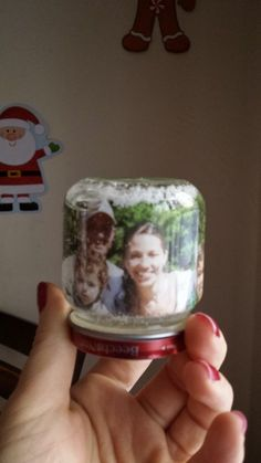 Make Your Own Picture Snow Globes-- Simple to make and very cute for a gift!