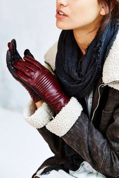 Moto Two-Tone Leather Glove - Urban Outfitters
